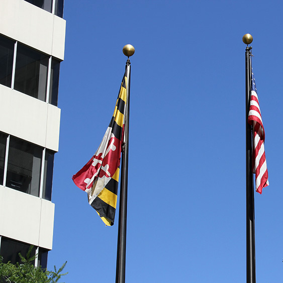 Image of the Maryland and American flag to represent Starla Hudachek's location
